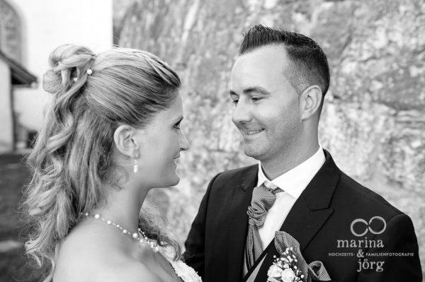 Marina und Joerg, Fotografen Giessen: moderne Hochzeitsfotos (ganztaegige Hochzeitsreportage in Ligerz am Bielersee in der Naehe von Bern)