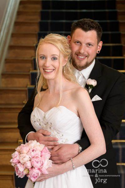 Marina und Jörg, Hochzeitsfotografen aus Gießen: Paar-Fotoshooting in der Villa Leutert