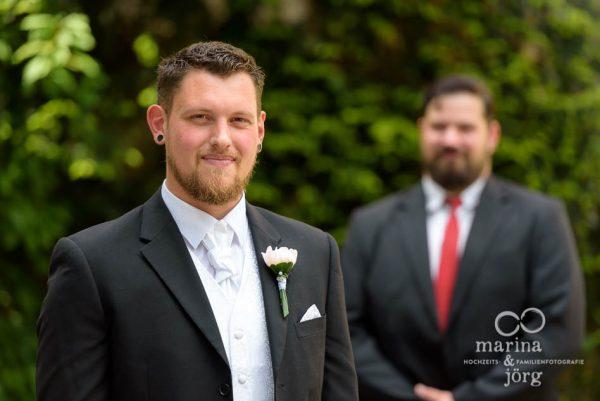 Hochzeitsfotograf Gießen: Portrait mit dem Trauzeugen