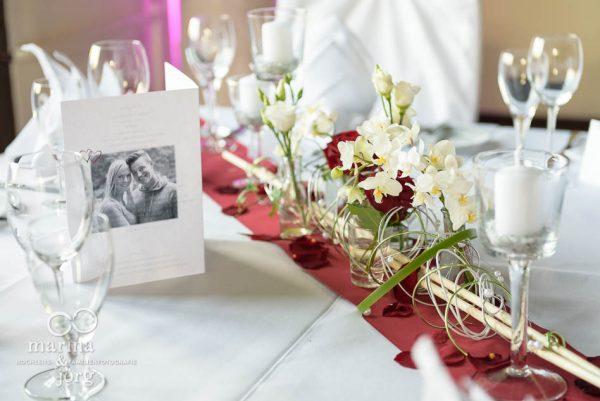 Marina und Joerg, Fotografenpaar Giessen: Tischdeko bei einer Hochzeit in Marburg