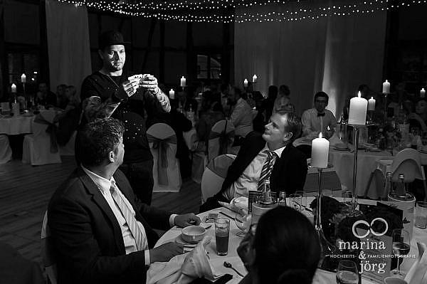 Hochzeitsfotograf Laubach: Ein Close-Up Magier begeistert die Gäste