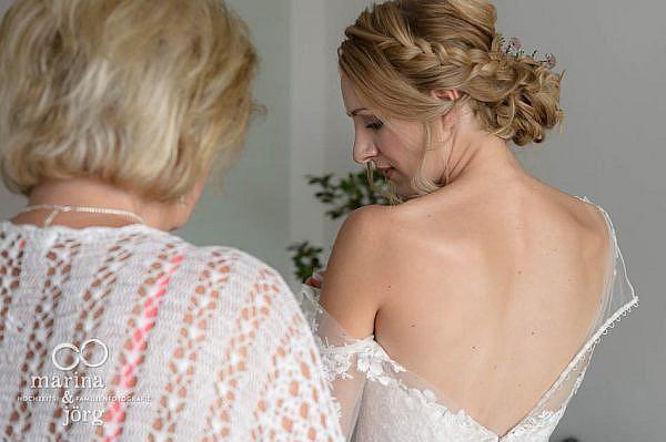 Marina & Jörg, Hochzeitsfotografen aus Gießen: Hochzeitsreportage in Laubach - Getting-Ready