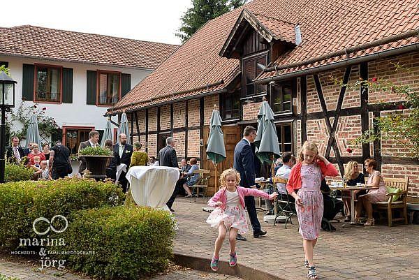 Hochzeitsfotograf Gießen: Eventscheune Blauer Löwe im der Landhotel Waldhaus in Laubach