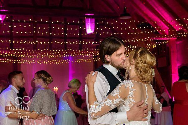 Hochzeitsfotografen Marina und Jörg aus Gießen: wir lieben es, einzigartige Momente bei einer Hochzeit festgehalten wie hier bei einer Hochzeitsreportage in Laubach