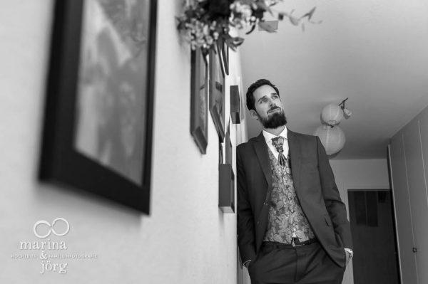 Hochzeitsfotograf Wetzlar: Hochzeitsreportage in Bern - Portrait des Bräutigams