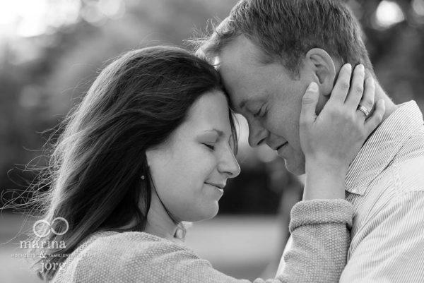 Marina & Jörg, Hochzeitsfotografen aus Gießen: romantisches Paar-Fotoshooting im Schloss Butzbach - Engagement-Shooting