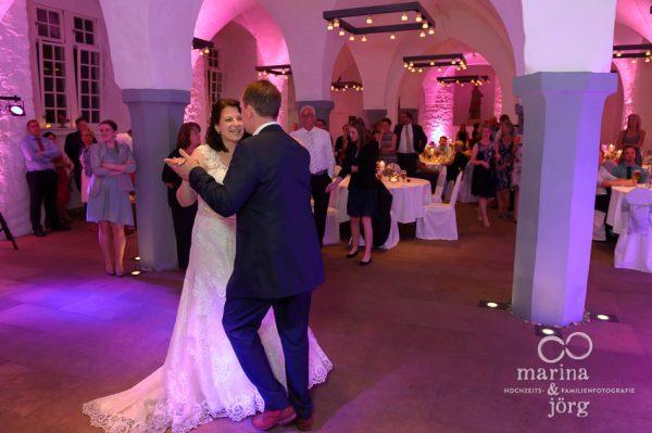 Hochzeitstanz im Schloss Butzbach bei Gießen - Marina und Jörg, Fotografen-Paar aus Gladenbach