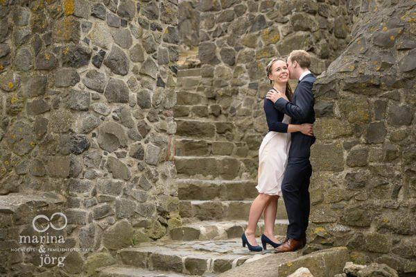 Marina und Joerg, Hochzeitsfotografen Giessen: Brautpaar-Fotoshooting auf Burg Gleiberg bei Giessen