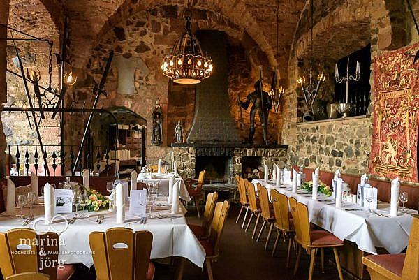 Hochzeitsfotograf Gießen: Rittersaal der Burg Staufenberg