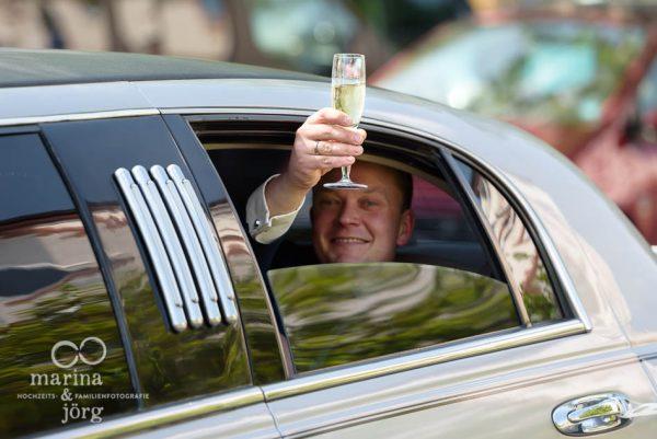 Hochzeitsreportage in Butzbach: in der Stretch-Limousine zur Hochzeitsparty