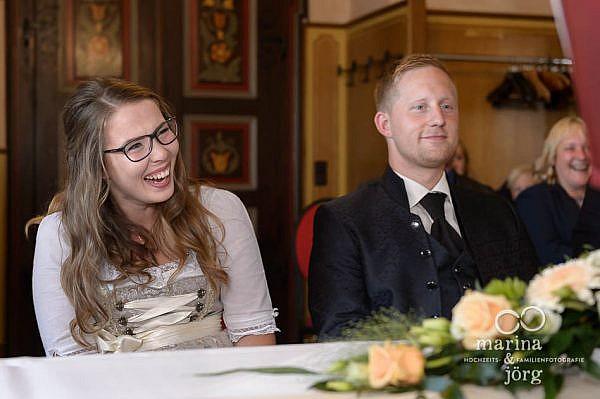 Marina und Jörg, Hochzeitsfotografen aus Hessen: Hochzeitsreportage einer standesamtlichen Trauung