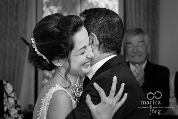 Marina und Jörg, Fotografen für eure Hochzeit in Gießen: Hochzeitsreportage in der Schloss Buseck