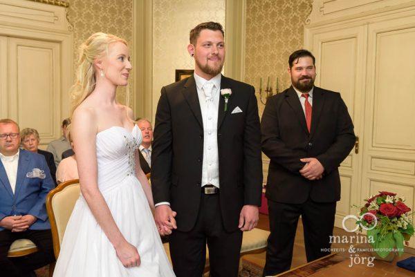Hochzeitsfotograf Gießen - Trauung im Standesamt Villa Leutert Gießen