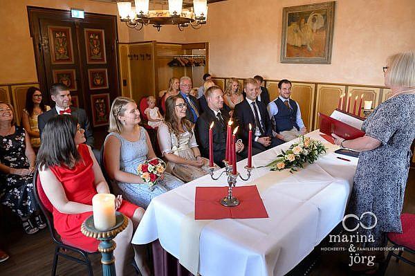 Hochzeit im Standesamt auf Burg Staufenberg in Gießen