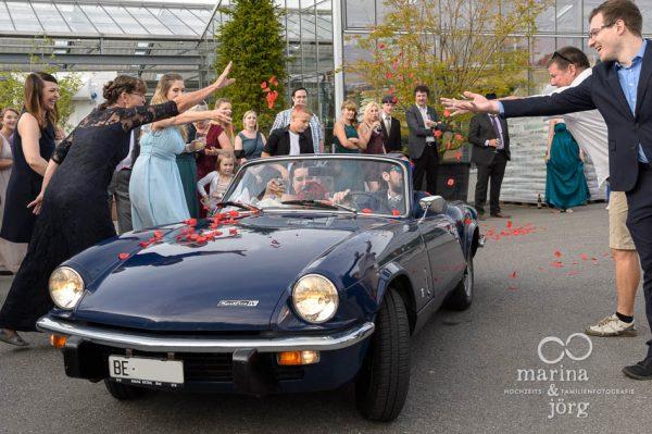 Hochzeitsfotograf Gießen - Hochzeitsreportage in Bern - Ankunft im Gartenhaus Wyss in Ostermundigen