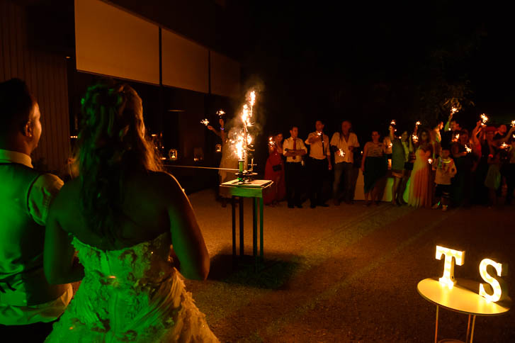 Marina und Joerg, Fotograf Wetzlar: Feuerwerk bei einer Hochzeitsreportage