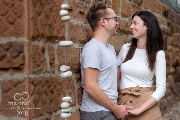 Hochzeitsfotograf Marburg - Kennenlern-Fotoshooting in der Dammühle, Hochzeitslocation bei Marburg