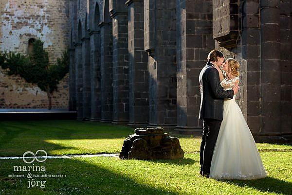 entspanntes After-Wedding-Fotoshooting im Kloster Arnsburg (ideal auch bei einer Hochzeit im Restaurant Alte Klostermühle) - Marina & Jörg, Hochzeitsfotografen Gießen