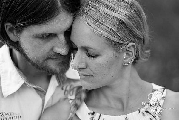Marina & Jörg, Hochzeitsfotografen aus Gießen: romantisches Kennenlern-Paarshooting im Schloss Laubach