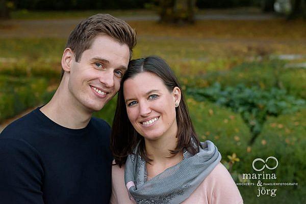 Marina & Jörg, Hochzeitsfotografen aus Gießen: romantisches Kennenlern-Paarshooting bei Marburg