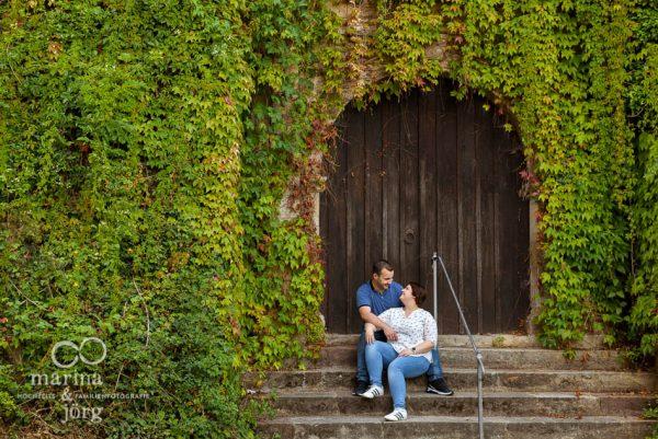 Marina & Jörg, Hochzeitsfotografen aus Gladenbach: romantisches Paar-Fotoshooting in Marburg (Engagement-Shooting)