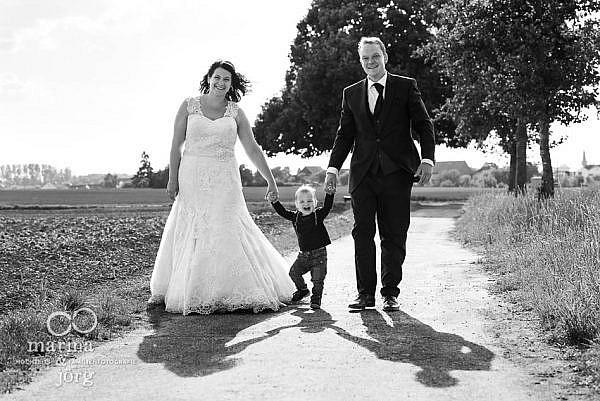 entspannte Hochzeitsfotos bei einem After-Wedding-Shooting bei Gießen - Hochzeitsfotografie Gießen