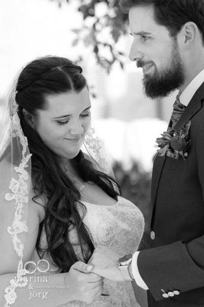 Marina und Jörg, Fotografen-Paar aus Gießen: Hochzeit auf Schloss Münchenwiler bei Bern