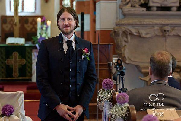 Marina & Jörg, Hochzeitsfotografen für Laubach: natürliche Hochzeitsfotos