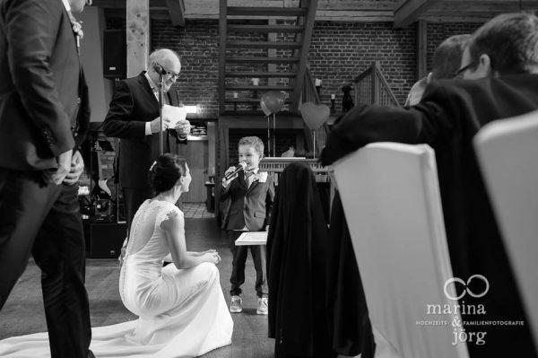 Marina und Joerg, Hochzeitsfotografen Giessen: Hochzeitsreportage in der Eventscheune Dagobertshausen bei Marburg