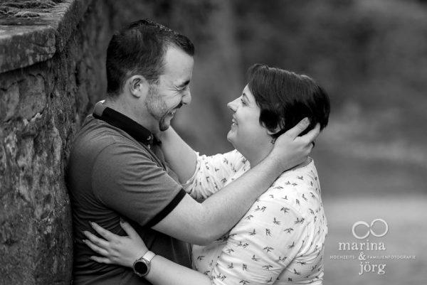 moderne Paarfotos in Marburg - ein Fotoshooting macht einfach riesig Spaß