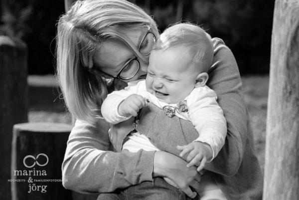 natürliche Babyfotos - Familienfotografen Marburg