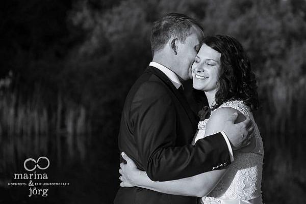natürliche und romantische Hochzeitsfotos in Gießen - Hochzeitsfotografen Marina & Jörg