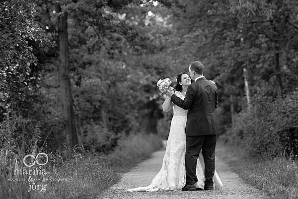 Marina & Jörg, moderne Hochzeitsfotografie in Gießen: natürliche Hochzeitsfotos entstanden bei einem After-Wedding-Fotoshooting