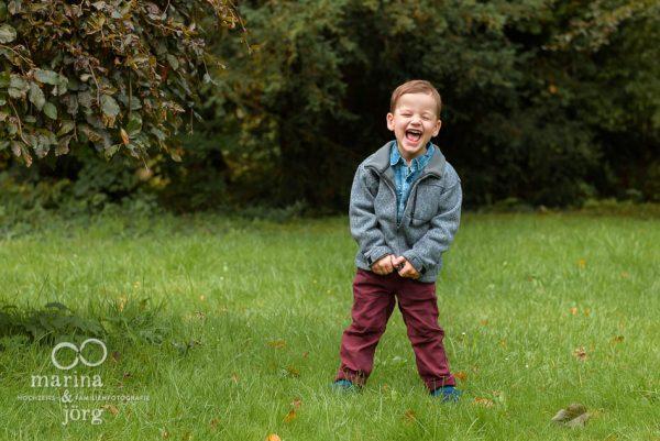natürliche Kinderfotos - Familienfotografen Gießen