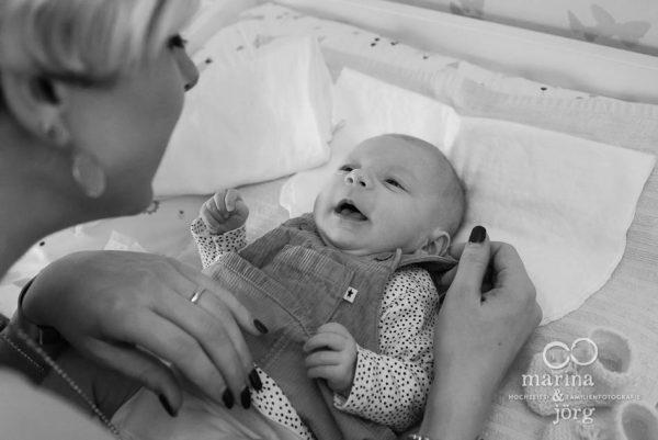 Babyfotograf Marburg - natürliche Babyfotos als Erinnerung an die einzigartige Zeit nach der Geburt