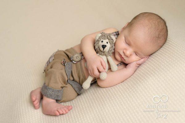 Neugeborenen-Fotografen aus Gießen: Babyfoto der Babygalerie Lich