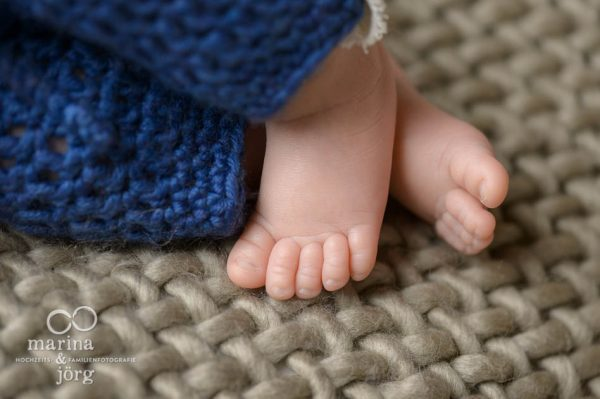 professionelles Neugeborenen-Fotoshooting von den Babyfotografen aus Gießen