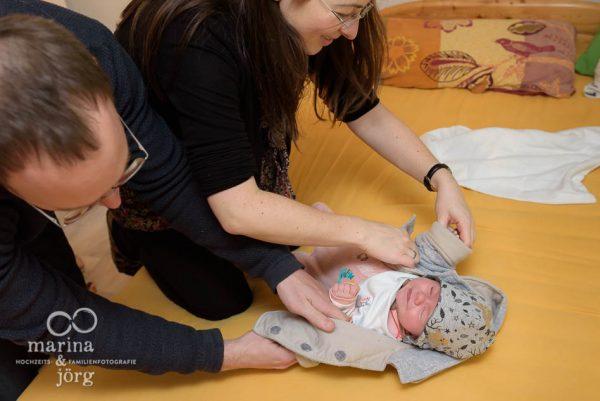 Babyfotografen Gießen - eine Neugeborenen-Homestory als Erinnerung an die einzigartige Zeit nach der Geburt
