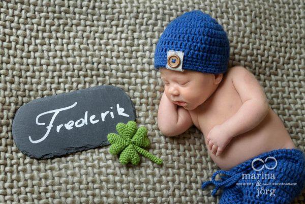 Neugeborenenfotograf Gießen - professionelle Babyfotos zu Hause machen lassen