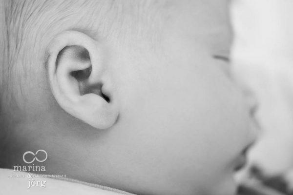 Marina & Jörg, Neugeborenenfotos in Gießen - authentisch, echt, voller Leben