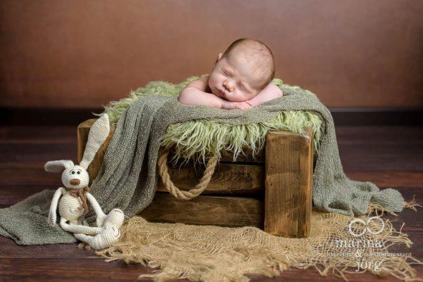 Marina und Jörg, Neugeborenenfotografen aus Giessen - Newborn photoshooting - Babygalerie