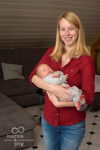 Neugeborenenfotograf für Gießen - professionelle Neugeborenenfotos bei euch zuhause