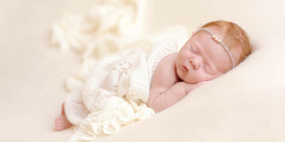 Neugeborenenfotograf Babyfotograf Giessen Marina Jorg