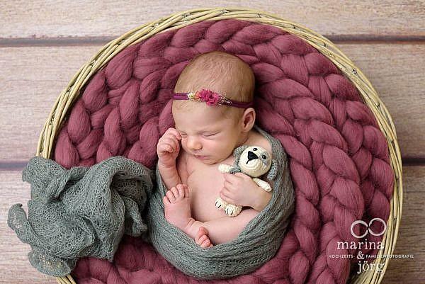 Neugeborenenfotografie Gladenbach - mobile Babyfotografen