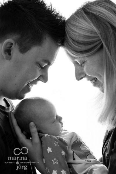 Neugeborenenfotos / Babyfotos in Gießen - professionelle Fotos bei den Eltern zu Hause