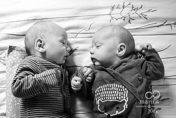 Newborn photographer for Giessen - documentary photo session with gorgeous twins