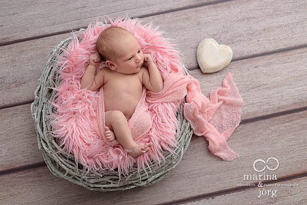 professionelle Babyfotos in Marburg - Babygalerie - Newborn photographers