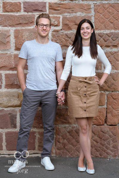 Hochzeitsfotograf Marburg: Paar-Fotoshooting vor der Hochzeit zum Kennenlernen mit uns Fotografen