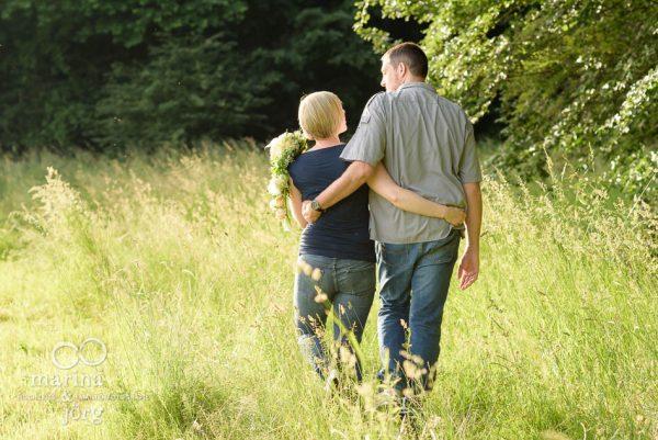Marina und Joerg, Hochzeits-Fotografen Giessen: romantisches Paar-Fotoshooting - das beste Geschenk zum Hochzeitstag