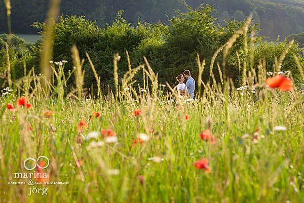 romantisches Engagement-Fotoshooting bei Marburg - Hochzeitsfotografie Marburg